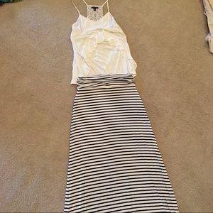 XS JCrew long black and white skirt